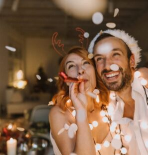 how-to-celebrate-holidays-interfaith-couple-e1577161178650