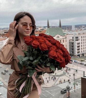 buket-ruza-online-ivona-flowers-shop