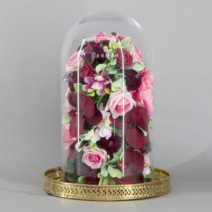 Cvetni aranžman dehidrirane ruže u staklenom zvonu
